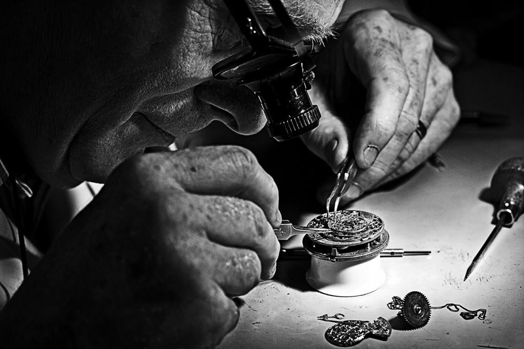 Veel Verlichtingsdenkers zagen God als een horlogemaker die de boel had gefabriceerd en zich daarna had teruggetrokken. God deed er niet meer toe.