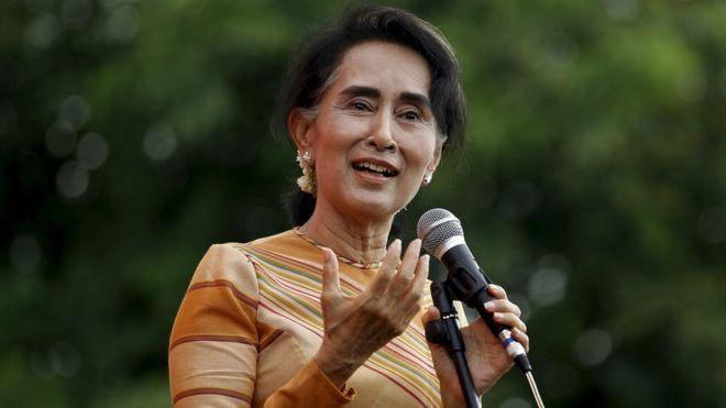 Aung San Suu Kyi: een invloedsleider die nu machtsleider moet zijn.