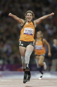 'Blade Babe' Marlou van Rhijn komt uit op de 100 en 200 meter.